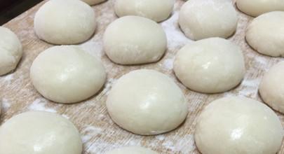 佐賀県産のひよく米を100%使用した柔らかいお餅